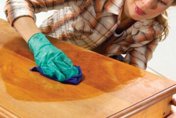 Как наносить морилки для древесины?