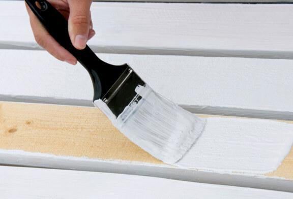 Уроки по нанесению краски для дерева всегда могут пригодиться