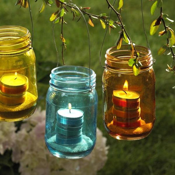 Украсить сад поможет освещение!